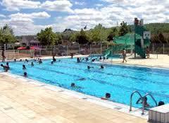 piscine de Bonnes.jpg