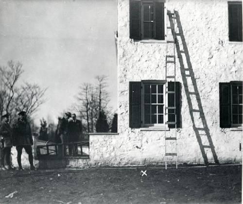 échelle kidnapping bébé Lindbergh