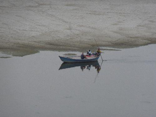 Barque sur le Taj