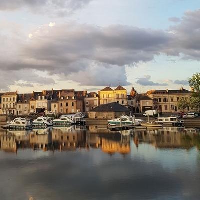 Sablé sur Sarthe by Sara Do 400