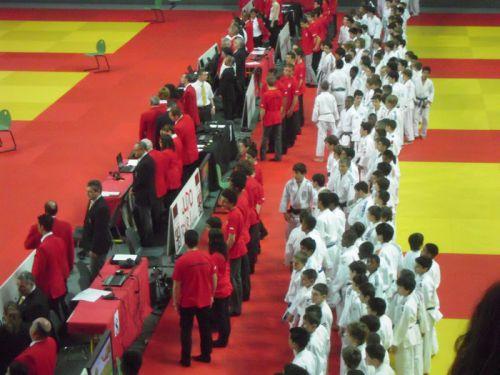 Plus de 150 participants . Les meilleurs minimes d'Ile de France et des DOM-TOM réunis dans le somptueux dojo de L'INJ pour une compétition prestigieuse.