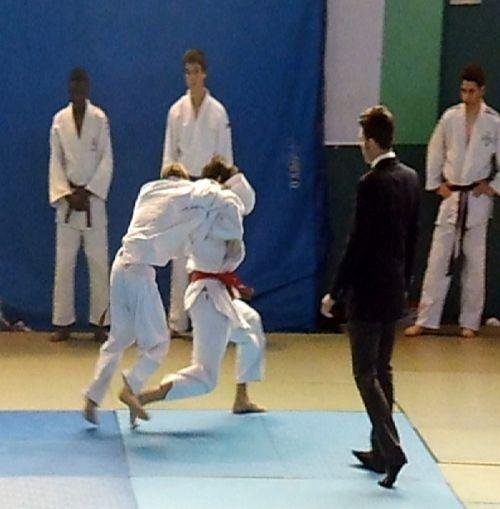Blessé je ne m'entrainais plus depuis un mois . Pourtant ce dimanche 6 avril 2014 était pour moi un des jours les plus importants depuis que j'ai commencé le judo.
