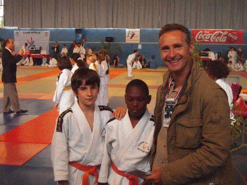 Eric : prof de judo du KCC nous a conseillés durant la competition