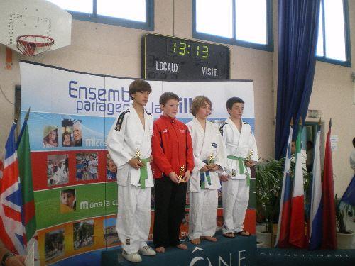 Antoine termine 2eme du tournoi international de Mions