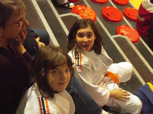 Léa et Hélena sereines avant la compétition.