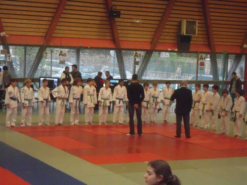 En - de 38kg , notre catégorie à Simballa et à moi , 18 judokas !
