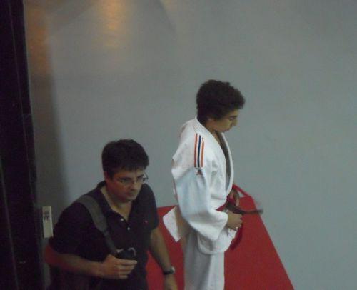 Christian Péden , directeur sportif du Kodokan Club Courbevoie , ici avec Hédi, peut etre fier de ses minimes et satisfait de son travail.
