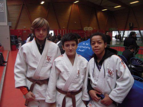 Les 3 podiums du KCC lors du tournoi de Garches 2011 : Matthieu 1er -Nassim et Yannick 3eme . Bravo à tous les 3 !