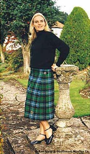 les femmes en ecosse reun jezegou un breton en kilt. Black Bedroom Furniture Sets. Home Design Ideas