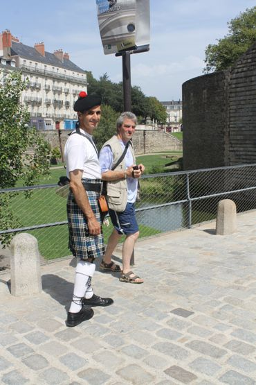 Bernard et Reun au Château des Ducs de Bretagne, la visite obligatoire à Nantes