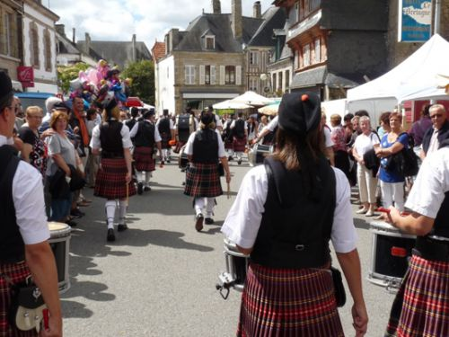 Askol Ha Brug Pipe Band at Guemene-Sur-Scorff