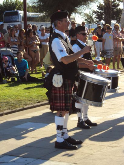 Askol Ha Brug Pipe Band at