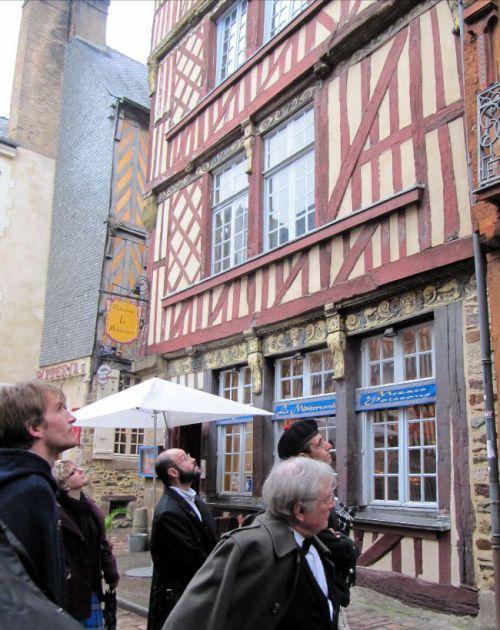 La Kilt Society de France visitant Rennes