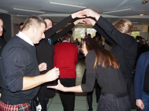 Les danseuses Irlandaises de Saint Nazaire et Askol Ha Brug Pipe Band à l'Assemblée Générale