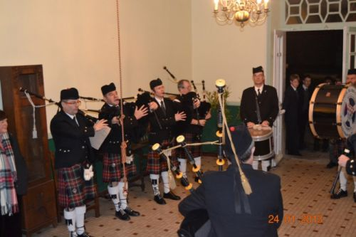 Askol Ha Brug Pipe Band at Chavagne International College