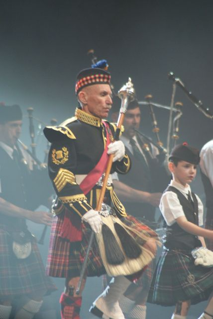 John-Peter DINE and Gabriel of Askol Ha Brug Pipe Band in the ZENITH at Nantes