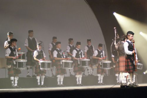 Drummers of Askol Ha Brug Pipe Band in the ZENITH at Nantes