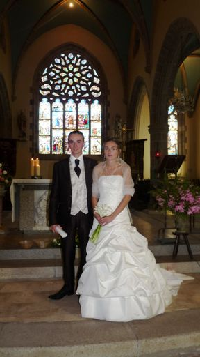 Marine and Lionel YVEN in the church of Plouarzel