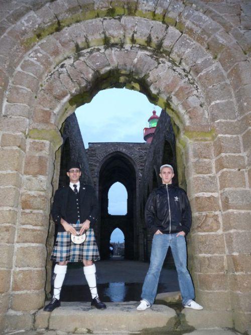 Reun Junior & Reun JEZEGOU à l'abbaye de Saint Mathieu en Plougonvelin (29)