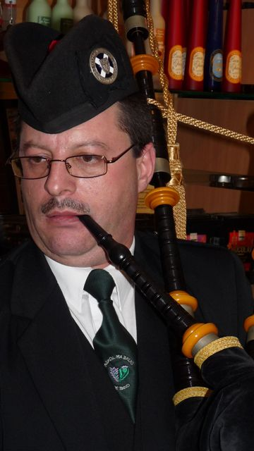 Le pipe Major Yves TRIPON