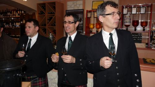 Dégustation du whisky par Christophe LEBRIS, Reun JEZEGOU & Roland LERAY
