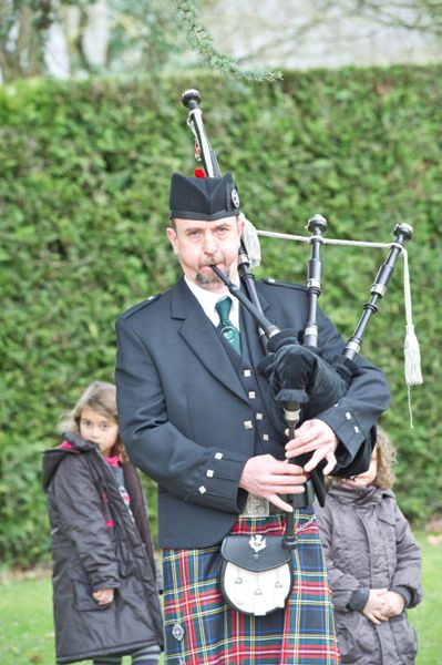 Serge Mac Colin as Piper of Askol Ha Brug Pipe Band