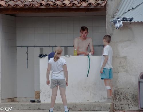 050- Douche dans les pissotières municipales !! (1 sur 1).jpeg