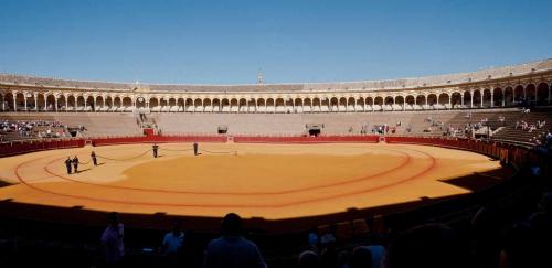 Panorama-Arènes de Séville.JPG