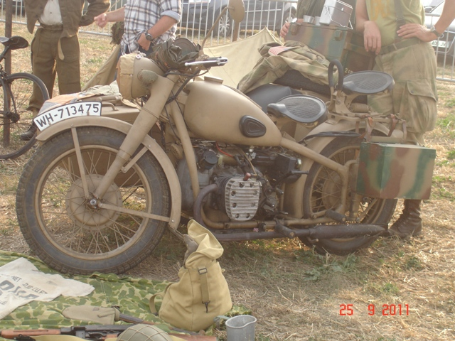 3 1944 moto BMW.JPG