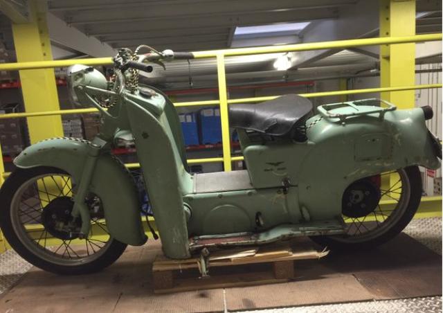 12 guzzi galetto 160 cc 1952.png