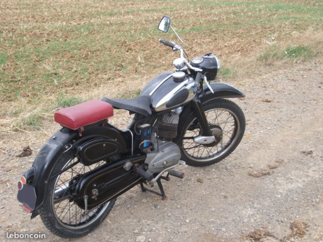 17 NSU 200 LUX 1953.png