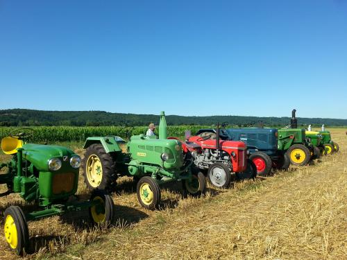 6 tracteur collection 1958.jpg