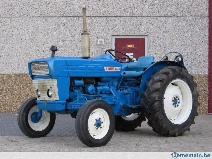 389769163-nette-ford-2000.jpg