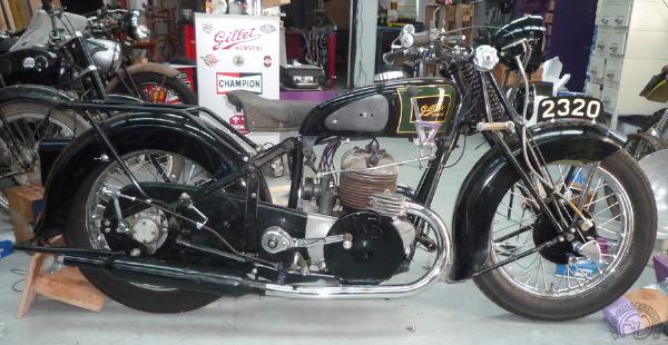5 Gillet-720-civile-1945-1.jpg