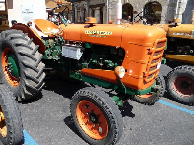 Tracteur-Someca-SOM-40B.jpg