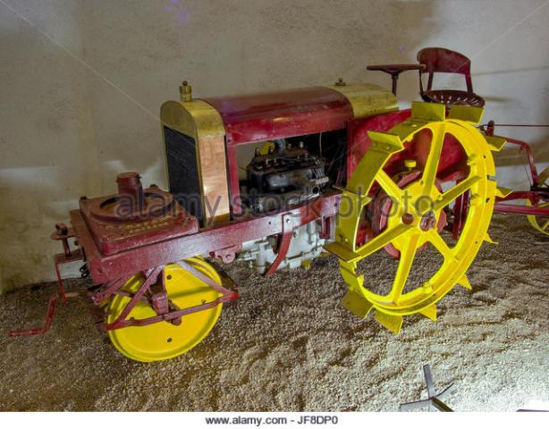 1920-tracteur-chapron-muse-maurice-dufresne-photo-3-jf8dp0.jpg