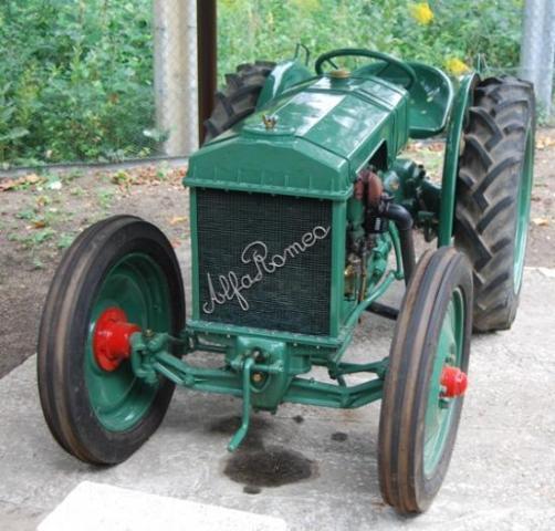 1938 Alfa-Romeo-tracteur-1938-1.jpg