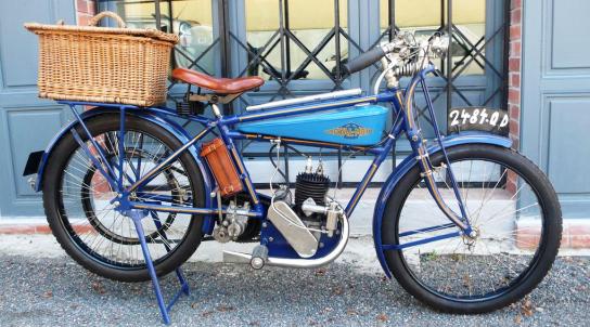 2 ROYAL MOTO 175CC 1926 ST ETIENNE.png
