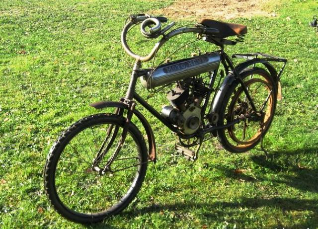 MOTOREVE 275 BICYL 1908 FRANCE.png