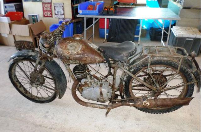 VICTORIA 200CC 1937.png
