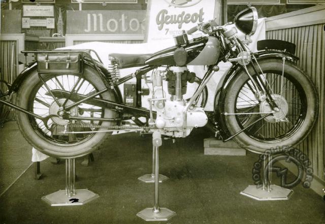 15 peugeot 350cc 1927 f.png