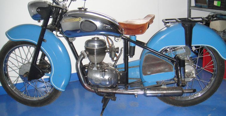 11 OLYMPIQUE 125 AMC 1957.png