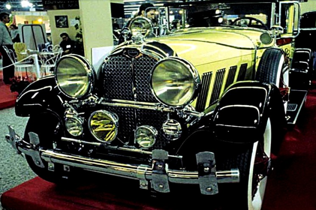 1930 aubura.png