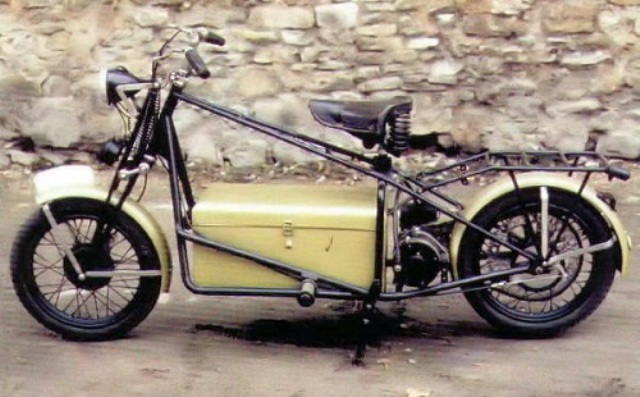 SCOOT ELECTRIQUE 1949
