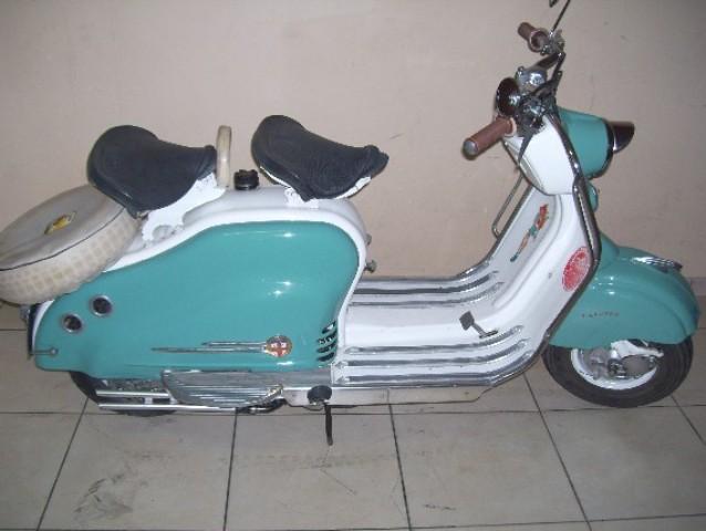 LAMBRETTA 1957 ITALIE