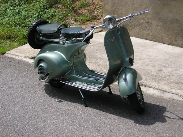 VESPA 1954 ITALIE