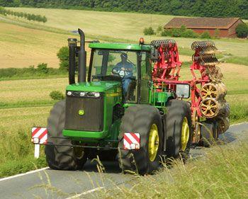 les plus gros tracteurs du monde 1890 a 2012 tracteurs autos motos chevaux saisons chenilles. Black Bedroom Furniture Sets. Home Design Ideas