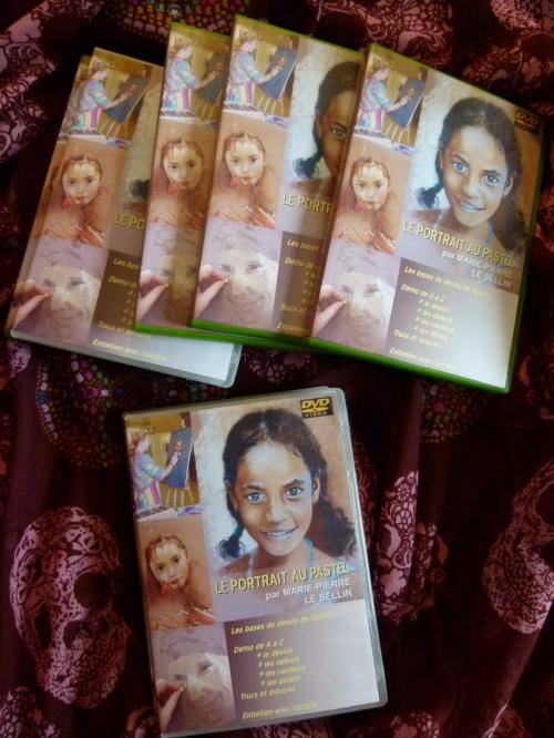 petite taille ensemble dvd.jpg