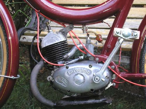 Le Dauphin moteur Le Poulain