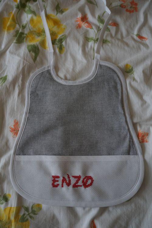 Bavoir 6 mois Enzo
